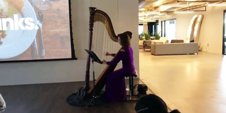Corporate Entertainment – Atlanta Harpist, Lisa Handman Performs At Globally Streamed Thanksgiving Luncheon